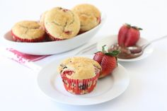 Strawberry Nutella Muffins Recipes Strawberry Nutella muffins made with fresh strawberries and filled with Nutella. These muffins are great for breakfast or dessert. Nutella Recipes, Banana Bread Recipes, Muffin Recipes, Strawberry Dessert Recipes, Strawberry Muffins, Strawberry Banana, Cupcake Recipes, Nutella Muffins, Nutella Cupcakes
