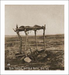 A Sioux Warriors Grave : Douglas Kenyon Collection