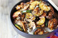 Panda Express Mushroom Chicken in just 20 minutes! You'll be sitting down to dinner faster than you could drive there and pick some up and come home! Lightly sauteed zucchini and mushrooms in a soy ginger and garlic sauce.