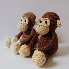 Crochet pattern monkeys Michel and Robin - Amigurumi pattern monkey : Padrao de crochet Michel o Macaco Padrao amigurumi Catania, Crochet Animals, Crochet Toys, Free Crochet, Robin, Half Double Crochet, Single Crochet, Amigurumi Patterns, Crochet Patterns