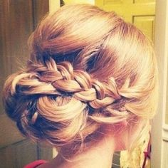 This would be a great hair style for our #AnEveningofBelieving Prom honorees, don't you think?