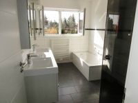 Geräumige und moderne Badezimmer in den neuen Eigentumswohnungen sind eines der Highlights für Ihr neues zu Hause.  http://verkauf.baugeschaeft-burkhardt.de/