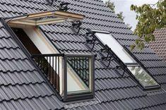 Un balcone dietro mentite spoglie o un normale lucernario? Perché scegliere se c'è Cabrio, la finestra da tetto che vi stupirà.