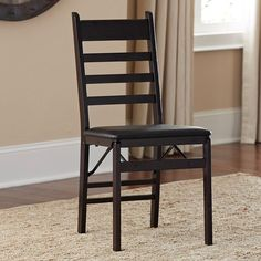 These lightweight wood folding chairs provide a convenient and stylish addition to any environment or seating arrangement. Durably crafted and designed to be lightweight and easy to store, these versatile chairs are perfect for entertaining.