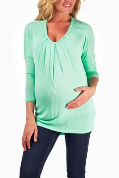 Mint-Green-Flowy-Maternity-Top #maternity #fashion