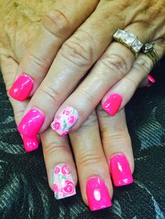 Betsy Johnson style flowers in gel w/ pink nails