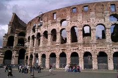 Piazza del Colosseo w Roma, Lazio
