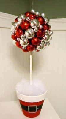 holiday flowers, holiday flower arrangement, add pic source on comment and we will update it. www.myfloweraffair.com