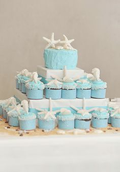 Starfish wedding cakes