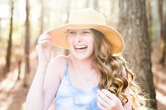 Need a simple idea for your senior sessions? Use a hat!. Here are ten+ poses on using the same floppy hat.