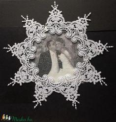 Csipke paszpartu, képkeret, vagy terítő. (Cottonfresh) - Meska.hu Hanukkah, Wreaths, Diy, Vintage, Home Decor, Do It Yourself, Decoration Home, Door Wreaths, Bricolage
