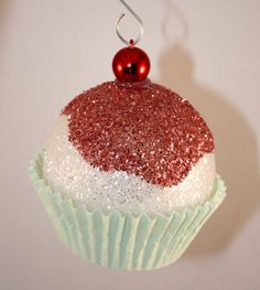 christmas cupcake ornaments | Handmade Cupcake Christmas Ornaments you can buy on etsy....but truly ...