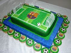 Barça Football Cake - Cupcakes, by Vali Tortas, via Flickr