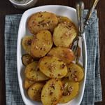 Roasted potatoes that melt in your mouth: delicious garnish recipe - Recetas comida y bebidas - Patatas Cooking Prime Rib, Breakfast Potatoes, Roasted Potatoes, Potato Recipes, No Cook Meals, Food Styling, Tapas, Diet Recipes, Food To Make