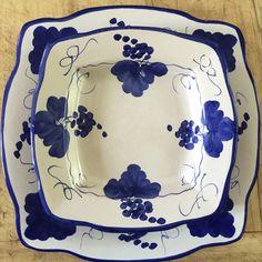 Set di piatti in bianco e blu di Solimene,Vietri. Collezione privata di STRA-DE STRATEGIC-DESIGN.