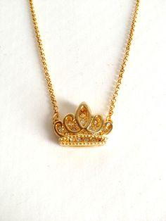 2.015 0 Colar coroa vazada dourada | ARRETADA ACESSÓRIOS | Elo7