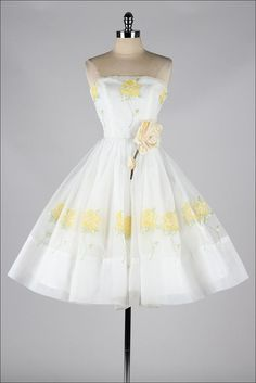 vintage 1950s dress . white chiffon . yellow