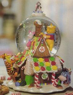 Winnie the Pooh Christmas Globes | Winnie the Pooh Snow Globe