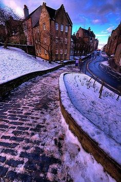 Stirling Old Town, Scotland. Just love this pic.