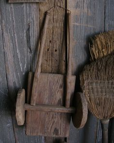 Primitive broom and childs old wood wagon. Primitive Antiques, Primitive Country, Primitive Decor, Prim Decor, Country Decor, Rustic Decor, Antique Toys, Vintage Toys, Brooms And Brushes