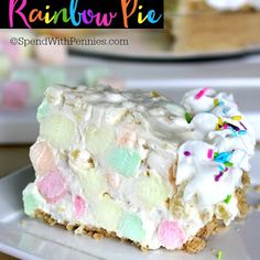 No Bake Rainbow Pie – Spend With Pennies Rainbow Pie is one of the prettiest desserts! This easy no bake dessert takes just 5 minutes & 6 ingredients to prepare. Light, fluffy and delicious, this is a family favorite! Dessert Simple, Easy No Bake Desserts, Desserts To Make, Holiday Desserts, Healthy Desserts, Pie Dessert, Dessert Recipes, Cheesecake Desserts, Raspberry Cheesecake