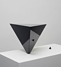 """Emilio Chapela - """"Imbalance"""", 2011 - Formica (HPL) and plywood - 48 x 17 x 17 in. Image courtesy of the artist. Abstract Sculpture, Sculpture Art, Sculptures, Contemporary Sculpture, Contemporary Art, Expo, Land Art, Installation Art, Art Forms"""
