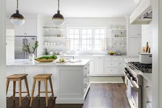 white farmhouse love