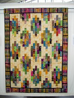 African Stacks Batik Quilts, Scrappy Quilts, African Quilts, African Textiles, Log Cabin Quilt Pattern, Colorful Quilts, Bright Quilts, String Quilts, Contemporary Quilts