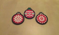 Christmas Tree Balls Nabbi perler beads by RavenTezea on deviantART