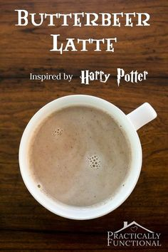 This Harry Potter inspired butterbeer latte recipe sounds delicious, perfect for fall! potter party food menu recipe The Easiest Way To Make A Delicious Butterbeer Latte At Home! Yummy Drinks, Yummy Food, Tasty, Drink Recipes Nonalcoholic, Alcoholic Drinks, Think Food, Love Food, Butterbeer Latte, Gourmet
