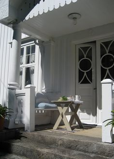 porch nook
