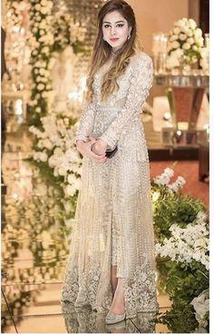 Walima Dress, Shadi Dresses, Pakistani Formal Dresses, Pakistani Dress Design, Indian Dresses, Pakistani Fashion Party Wear, Indian Party Wear, Pakistani Wedding Dresses, Pakistani Outfits