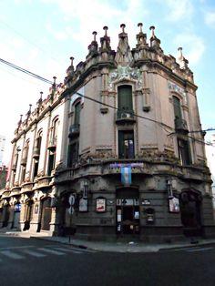 Edificio de la Sociedad Española de Socorros Mutuos. Rosario.