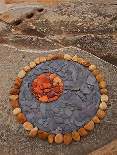 Risultati immagini per keith beaney art Pebble Mosaic, Pebble Art, Mosaic Art, Mosaics, Pebble Stone, Stone Art, Land Art, Ephemeral Art, Rock Sculpture