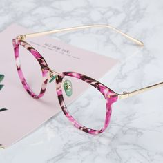 Womens glasses, Cheap prescription glasses, Glass frames for women Stylish Sunglasses, Cat Eye Sunglasses, Sunglasses Women, Cool Glasses, Glasses Frames, Cheap Prescription Glasses, Fashion Eye Glasses, Womens Glasses, Mode Style