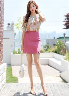 Korean Women`s Fashion Shopping Mall, Styleonme. Trendy Fashion, Fashion Models, Dress Skirt, Skirt Set, Two Piece Short Set, Two Piece Outfit, Korean Women, Female Models, Asian Girl