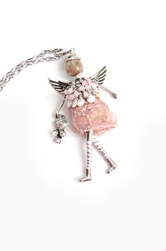 """- """"Serenity"""" Angel Pendant with chain necklace and extra clip to double as a charm or key chain. - Chain, Angel: wide x tall. - Believe, Have Faith Miracles Do Happe Bead Crafts, Jewelry Crafts, Jewelry Ideas, Angel Necklace, Angel Pendant, Angel Crafts, Beaded Jewelry, Unique Jewelry, Angel Ornaments"""