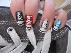 cool nails :) get Luminess Airbrush Makeup System http://imgrox.com/x/0/2697/62962/