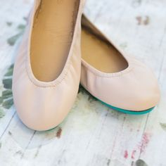 Connect with your inner ballerina, as Tieks in Ballerina Pink are sure to take center stage. This subtle, sweet, and feminine color crafted from full-grain, Italian leather makes even the simplest look distinctive. Tieks By Gavrieli, Ballerina Pink, Color Crafts, Center Stage, Italian Leather, Wedding Shoes, Ballet Flats, Fashion Shoes, Dance Shoes