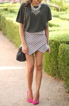 Skorts Street Style Fashion Obsession That Will Get You Hooked Skirt Fashion, Love Fashion, Womens Fashion, Fashion 2015, Fashion Dresses, Street Style, Short Skirts, Skorts, Latest Fashion Trends