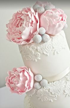Wedding Cakes : Picture Description wedding cake idea: Sugar Ruffles #weddingcakes