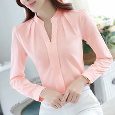 FGLAC Chiffon blouses New 2018 Women shirt Fashion Casual Long sleeved chiffon shirt Elegant Slim Solid color lady blusas shirt Formal Blouses, Formal Shirts, Casual Work Wear, Work Attire, Blouse Styles, Blouse Designs, The Office Shirts, Casual Outfits, Fashion Outfits