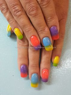 Multicoloured gel fade gel polish