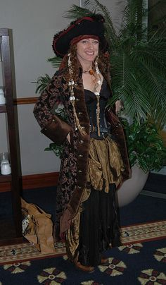 Lovely Pirate Lady - Baycon 2008 by helix90, via Flickr