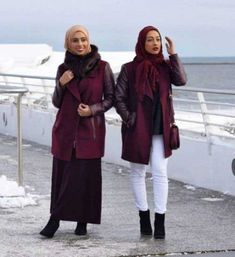 winter-hijab-look-with-maroon-coats-How to wear ankle boots with hijab