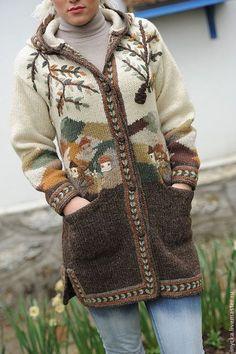 Купить или заказать Вязаное пальто W18 в интернет-магазине на Ярмарке Мастеров. Оригинальное пальто в натуральной цветовой гамме с вышитым сюжетом. Очень тёплое, плотной вязки, хорошо держит форму. Самая подходящая одежда для осени. Капюшон вполне заменит головной убор.
