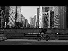 Kelsey, the bike messenger for Ikea [Video]... - granad sein Block!