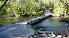 Low-Water Bridge over the Uwharrie River near Troy in Montgomery County, NC | Photo: Ken Thomas (http://kenthomas.us/)