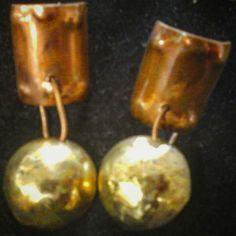 Aros de cobre y bronce hechos 100% a mano.