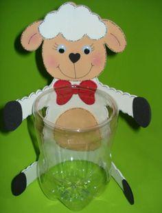 Como Fazer Lembrancinhas de Ovelhinhas para Páscoa Kids Crafts, Ramadan Crafts, Animal Crafts For Kids, Foam Crafts, Diy Arts And Crafts, Preschool Crafts, Easter Crafts, Puppy Gifts, Sheep And Lamb